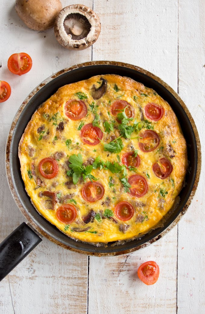 An English breakfast frittata in a pan