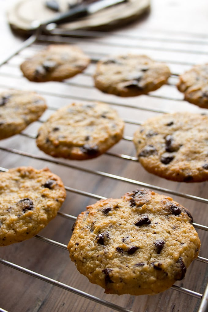 Almost too good to share: These healthy low carb chocolate chip cookies are the perfect combination of soft chewiness with a crunchy edge.