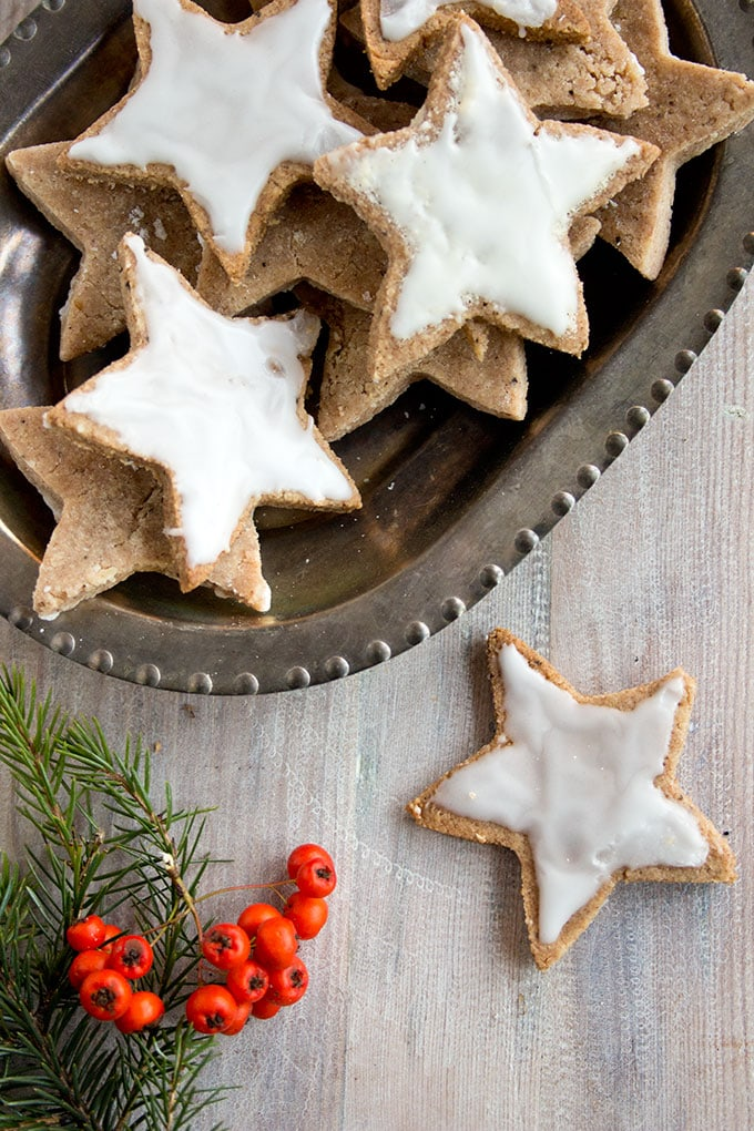 cinnamon star cookies on a tray
