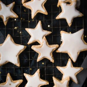 keto cinnamon stars - sugar free christmas cookies with sugar free icing