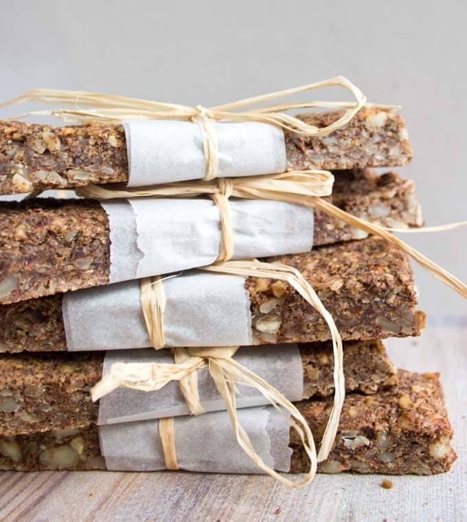 stack of apple cinnamon granola bars