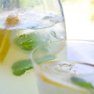 Possibly the most refreshing drink ever: Sugar Free Homemade Ginger Ale will make your taste buds do the happy dance. An easy low carb recipe that uses fresh ginger!