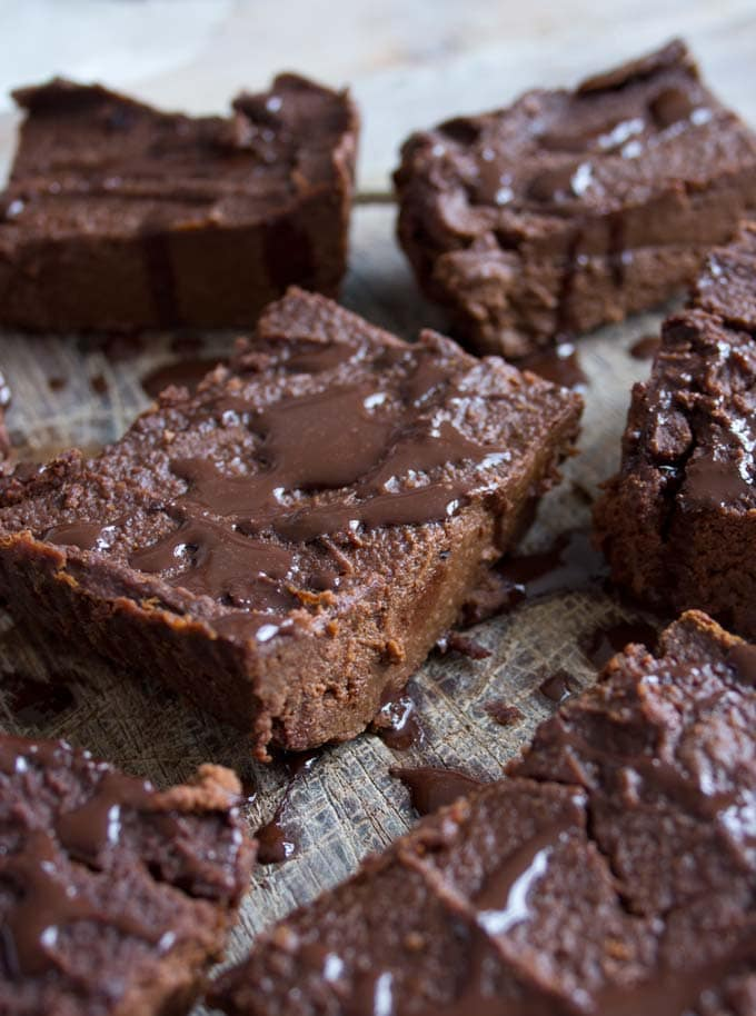 Fudgy and dense Pumpkin Brownies! This chocolatey, spiced treat is sugar free, grain free and low carb.