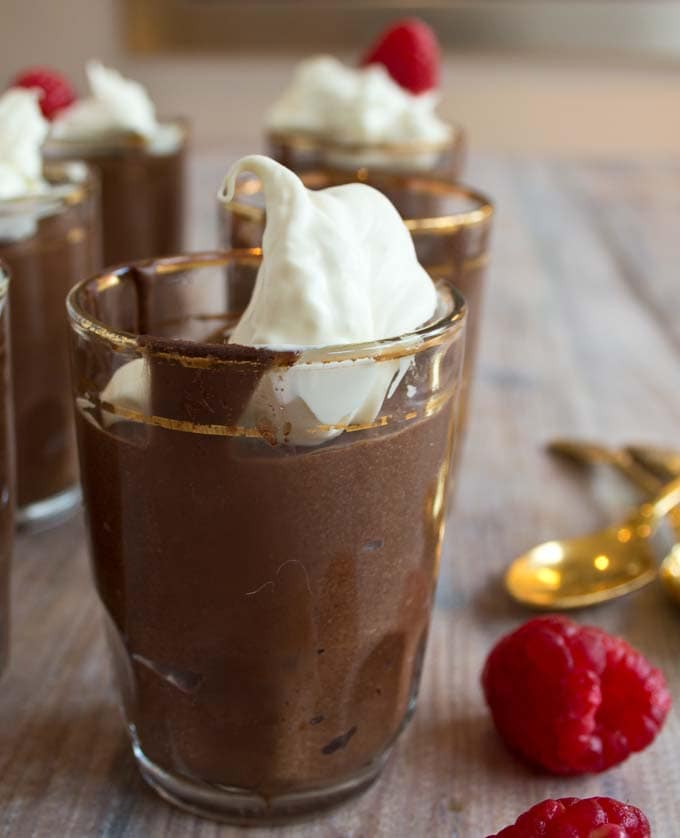 A decadently creamy low carb chocolate mousse with only 3 ingredients. Perfect for sugar free and keto diets.