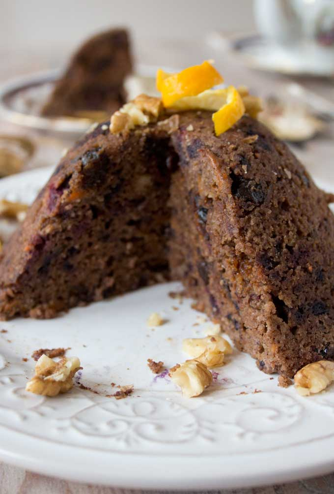 A cut-open low carb Christmas pudding