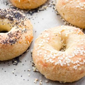 keto bagels with sesame and poppy seed