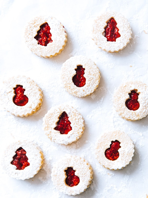 linzer cookies filled with raspberry jam
