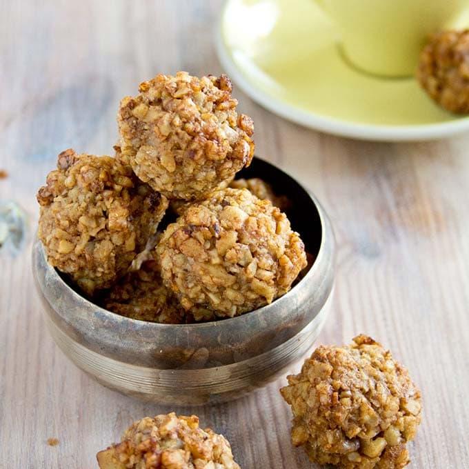 sugar free walnut kisses cookies in a bowl
