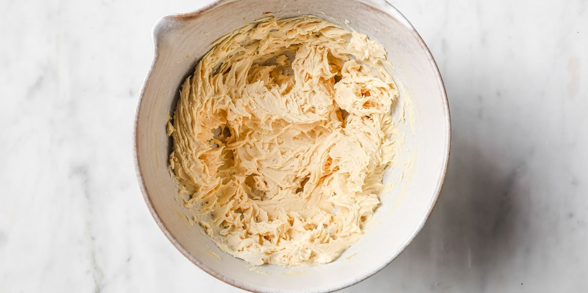 mixed mascarpone, peanut butter and sweetener in a bowl